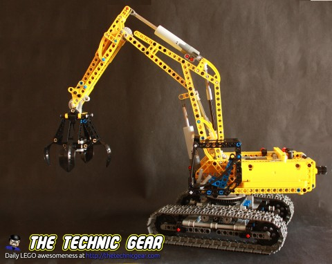 42006-Black-Excavator