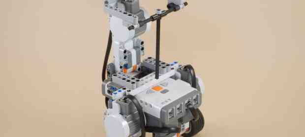 Segway: Self-balancing robot with LEGO Mindstorms