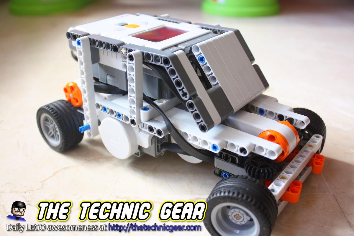 Lego Mindstorms Race Car