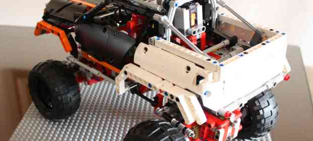 LEGO 9398 4x4 Crawler Review