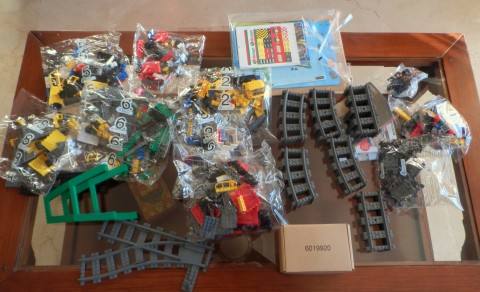 lego-7939-cargo-train-unboxing