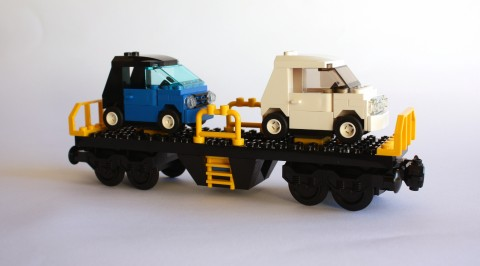 lego-7939-cargo-train-car-with-cars