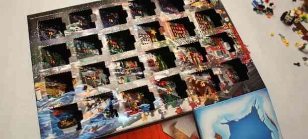 LEGO City 60024 Advent Calendar 2013 Review