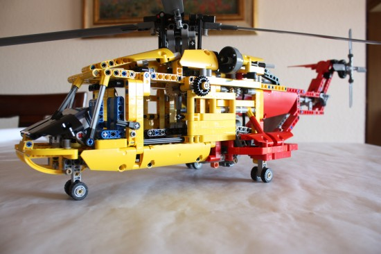 lego technic 9396 helicopter review lego reviews videos. Black Bedroom Furniture Sets. Home Design Ideas