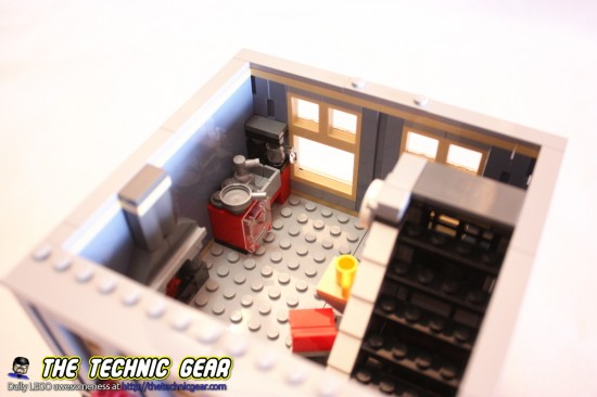 lego-10218-13