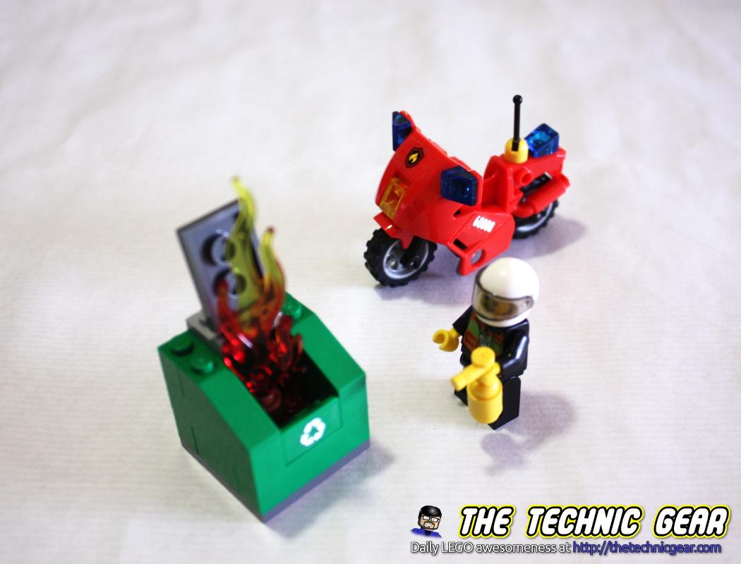 lego-60000-fireman-bike