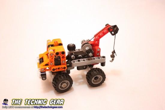 lego-9390-small-truck