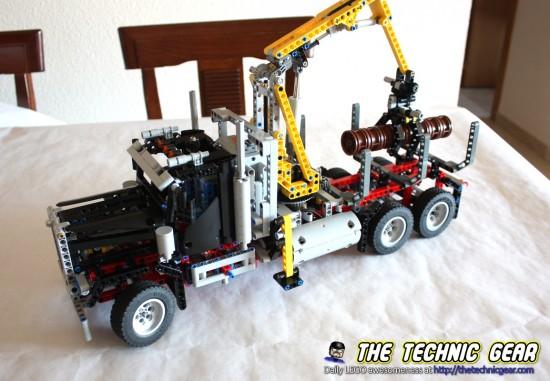 lego-9397-logging-truck