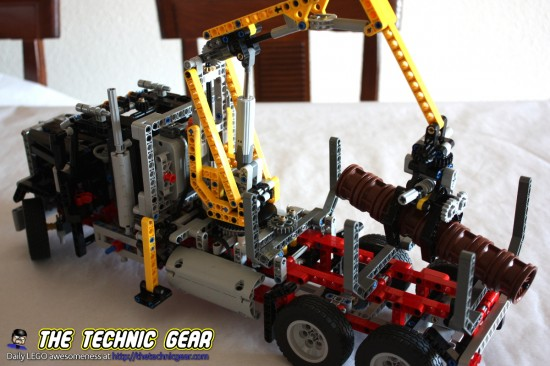 lego-9397-logging-truck-at-work