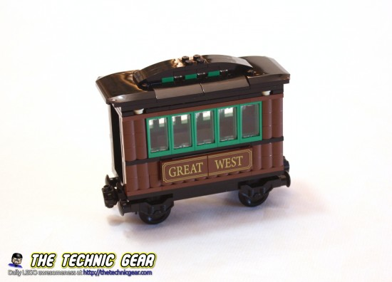 lego-7597-toy-story-western-train-chase-wooden-car