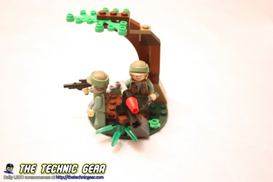 lego-9489-star-wars-troopers-tree