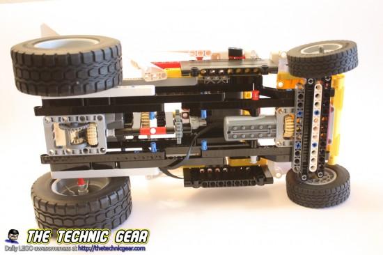 mod-first-technic-car-bottom-view