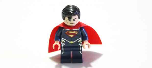LEGO DC Superheroes 76002 Superman Metropolis Showdown