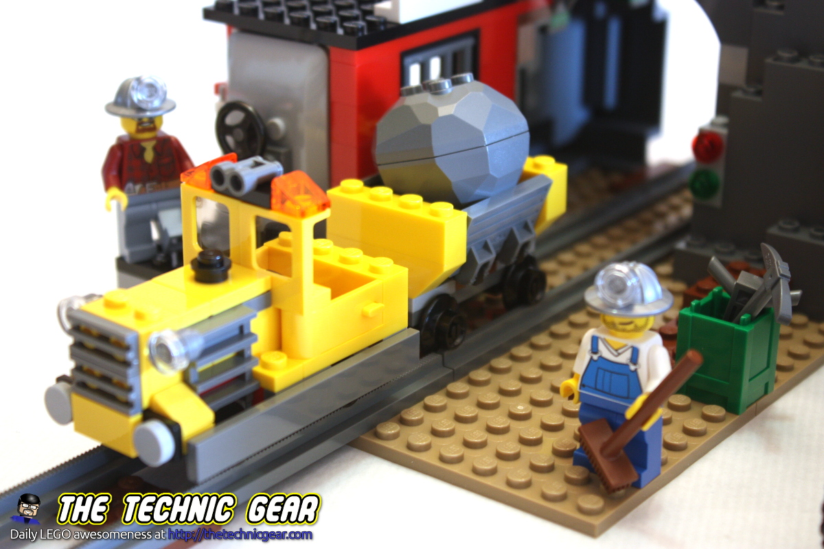 LEGO 4204 Gold Mine Review - LEGO Reviews & Videos