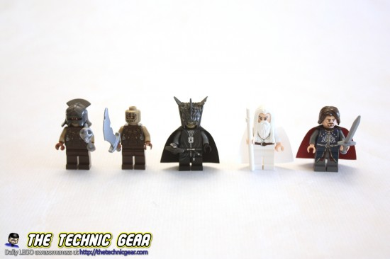 79007-battle-at-the-black-gate-minifigs