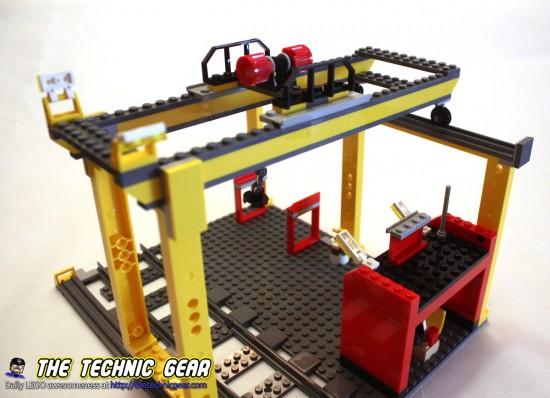 60052-cargo-train-crane