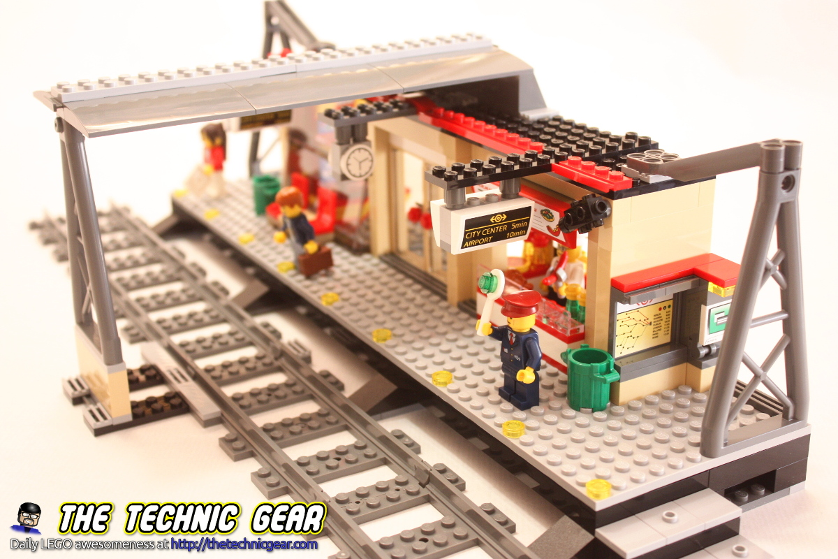 60050-lego-train-station-2014-from-right