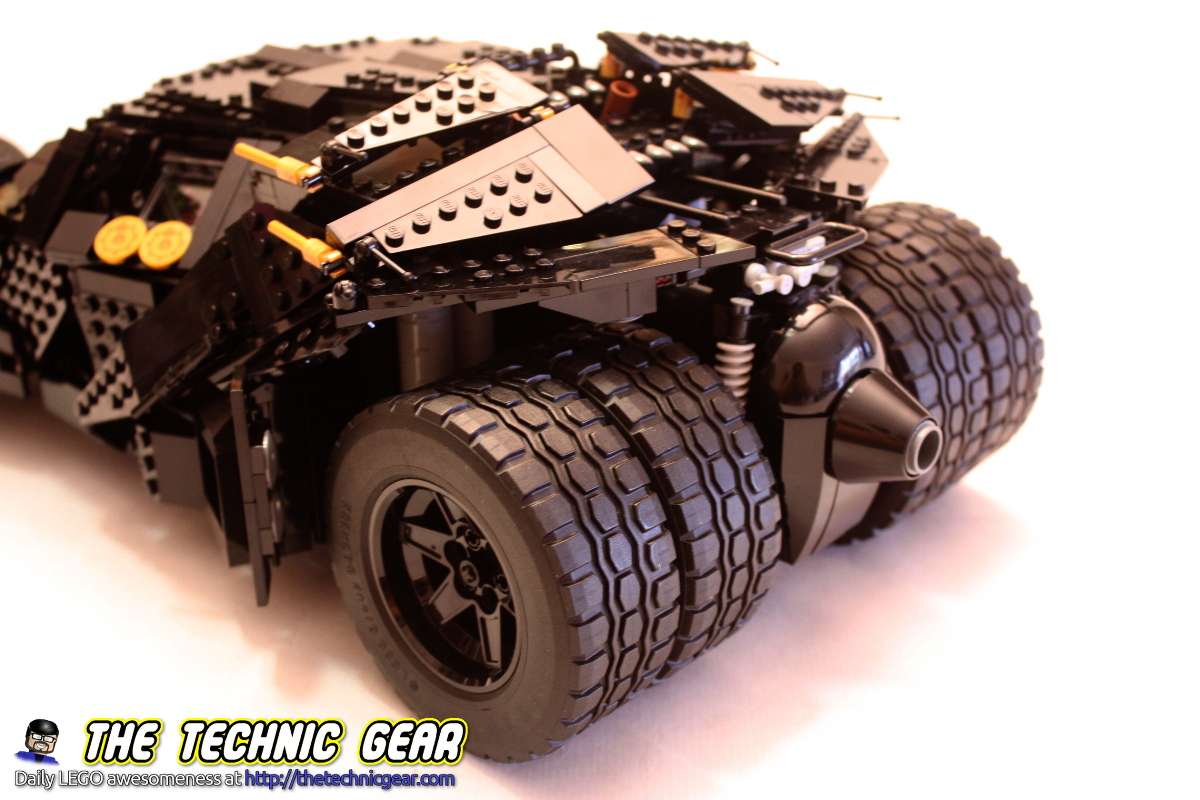 lego-76023-tumbler-back