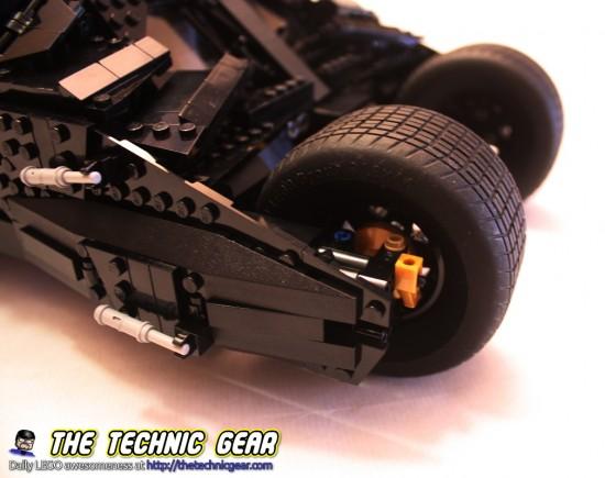 lego-76023-tumbler-wheels-details