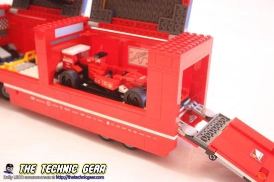 lego-75913-ferrrari-f1-f14-truck-f1-car-storage