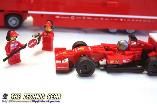 lego-75913-ferrrari-f1-f14-truck-pit-stop
