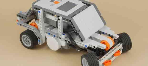 LEGO Mindstorms Racing Car