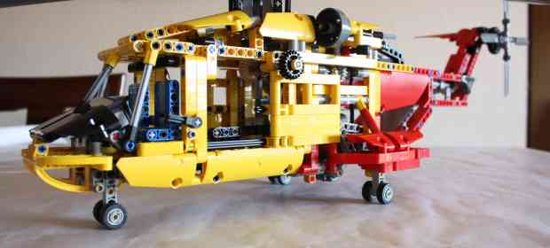 LEGO Technic 9396 Helicopter Review
