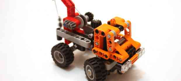 LEGO Technic 9390 Small Truck Review