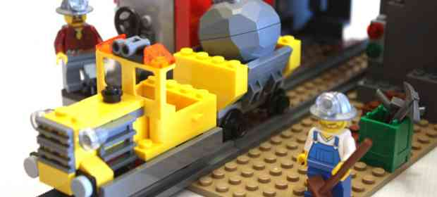 LEGO 4204 Gold Mine Review